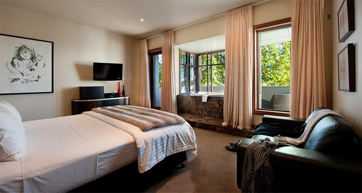 2  Best Spa Hotels in Australia 214