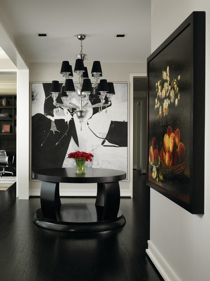Bold-design-for-contemporary-foyer-design