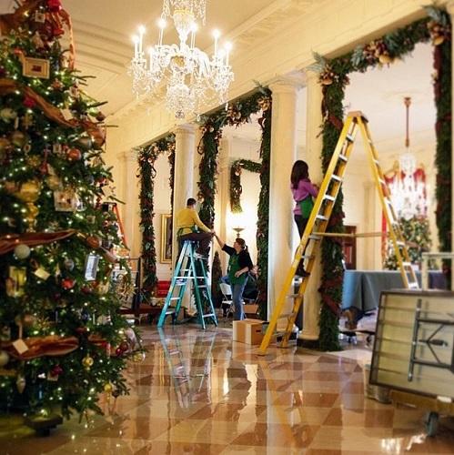 Christmas-decor-at-the-White-House  Elegant Christmas Decorating Ideas Christmas decor at the White House
